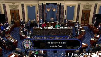 Η αμερικανική Γερουσία ανακοινώνει τα αποτελέσματα της ψηφοφορίας της δεύτερης διαδικασίας καθαίρεσης του πρώην προέδρου Τραμπ