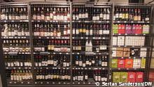 Südafrika Pretoria | Abgeschlossenes Regal mit Alkoholhaltigem