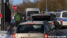 14.02.2021 Schirnding Grenzübergang Deutschland Tschechien. Bundespolizei kontrolliert jedes Fahrzeug. Insassen ohne Covid-Test und besondere Einreisegründe werden zurückgeschickt. Bayern und Sachen schließen ihre Grenzen zu Tschechien. via Bernd Riegert