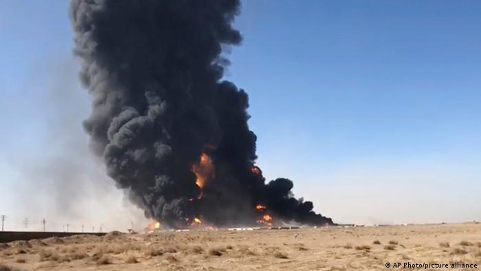 Afghanistan Herat   Grenze zum Iran   Großbrand