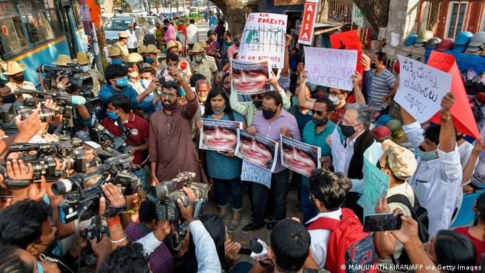 Demonstration against the arrest of the activist Disha Ravi by Delhi police