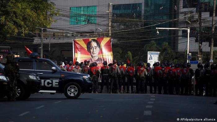 Myanmar | Proteste nach Militärputsch