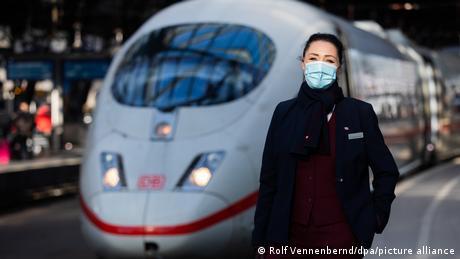 Γερμανία: Πρώην αεροσυνοδοί βρίσκουν δουλειά στα τρένα