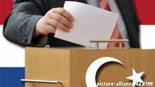 Ein Abgeordneter wirft am Freitag (28.05.2010) im Thüringer Landtag in Erfurt einen Stimmzettel in die Wahlurne. Eine peinliche Panne hat die Wahl der Verfassungsrichter im Thüringer Parlament überschattet. Bei der Auszählung fanden sich zwei Stimmzettel zuviel in der Urne. Offenbar hatten zwei Abgeordnete zwei Zettel erhalten und beide ausgefüllt. Foto: Martin Schutt dpa/lth (zu lth 4171 vom 28.05.2010)