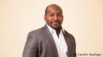 Kommentarbild | Dr. Harrison Mwilima