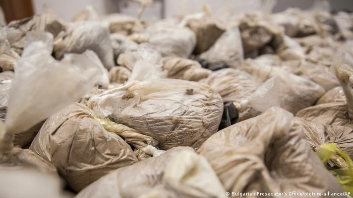 قاچاق مواد مخدر از ایران به اروپا. تصویر مربوط به قاچاق هروئین از ایران به بلغارستان است