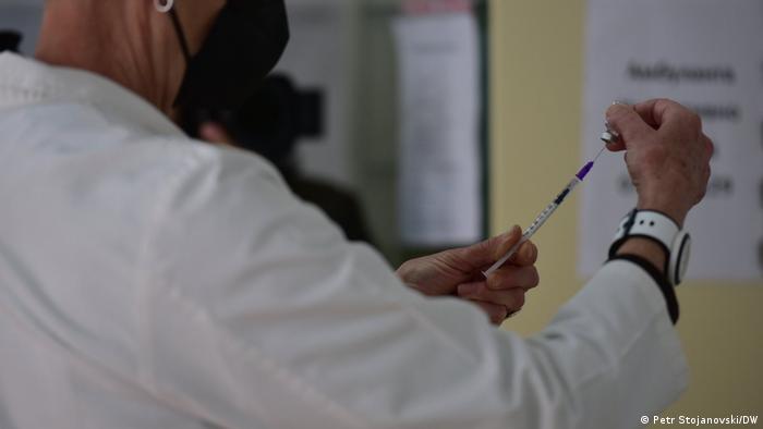 Nordmazedonien Skopje | Coronavirus | Erste Impfung
