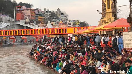Kerumunan di festival Kumbh Mela