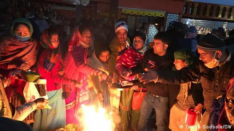 Terdapat sejumlah syarat yang tidak jelas sebelum menghadiri festival Kumbh Mela