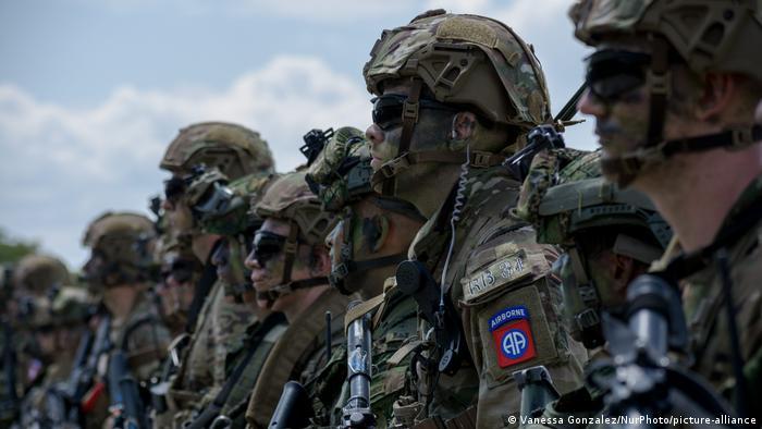 Soldados de tropa del Ejército colombiano.