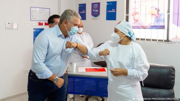 Empieza la vacunación en Colombia