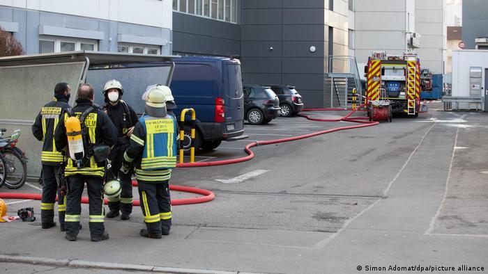 Deutschland | Feuerwehrleute in Neckarsulm