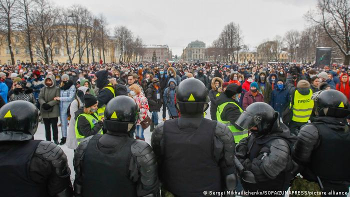 Protest against the detention of the opposition leader Alexey Navalny in St. Petersburg, Russia - 31 Jan 2021