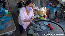 BdTD Mexico City | Frauen-Kollektiv Mujeres de la Tierra macht traditionelle Tortillas