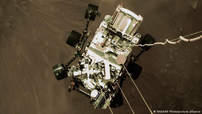 Perseverance під час посадки на Марс