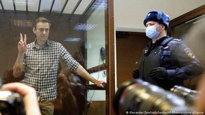 Политик Алексей Навальный в Бабушкинском суде Москвы