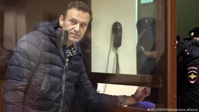 Tribunal de apelación ruso confirmó la condena de cárcel de Alexei Navalny, podría cumplir su condena en un campo de trabajo
