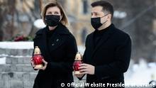 Ukraine Präsident Volodymyr Zelenskyy Am Tag der Erinnerung an die Helden der himmlischen Hundert