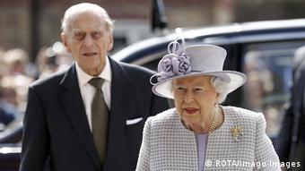 Королева Великобритании Елизавета Вторая и ее супруг принц Филипп