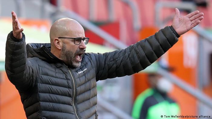 Fußball: Bundesliga I FC Augsburg - Bayer Leverkusen