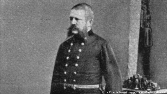 Alois Hitler, pai de Adolf Hitler, morreu em 1903