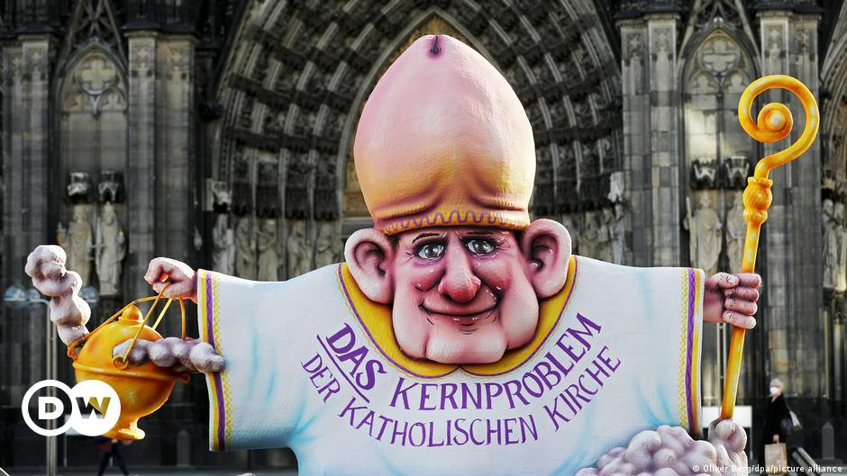Meinung: Katholische Kirche an der Wegscheide