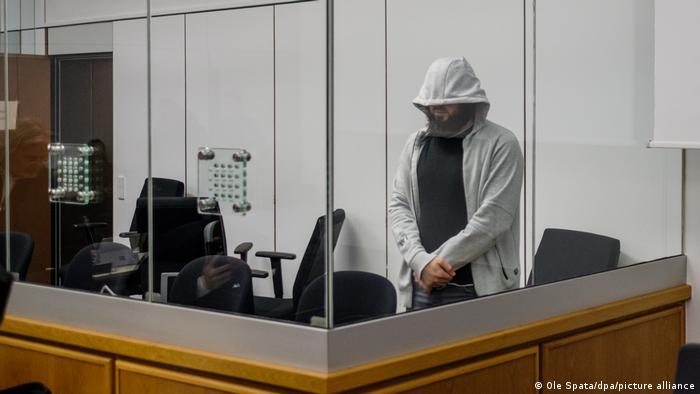 Oberlandesgericht Celle | Prozess gegen IS-Unterstützer