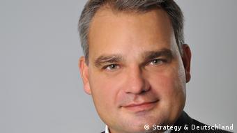 Клаус Грубер, эксперт компании Strategy& по программному обеспечению для автомобилей