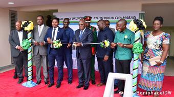 John Magufuli inaugure la gare routière internationale ultra moderne à Mbezi Luis à Dar es Salaam (Archives - 24 février 2021)