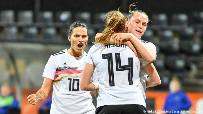 Frauen Fußball Freundschaftsspiel Niederlande - Deutschland | Jubel Deutschland