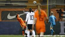 Frauen Fußball Freundschaftsspiel Niederlande - Deutschland | Tor Niederlande
