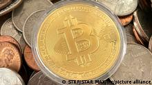Symbolbild I Kryptowaehrung Bitcoin