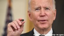 USA Washington | Joe Biden unterschreibt Dekret um die Versorgung von Semiconductor Chips zu verbessern