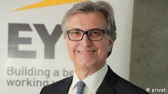 EY (Ernst&Young) Türkiye Vergi Bölümü Şirket Ortağı Abdulkadir Kahraman