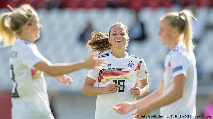 Sport Fussball l Spielerin Melanie Leupolz, Deutsche Nationalmannschaft