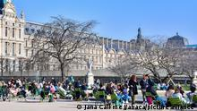 Jardin des Tuileries am Louvre in Paris