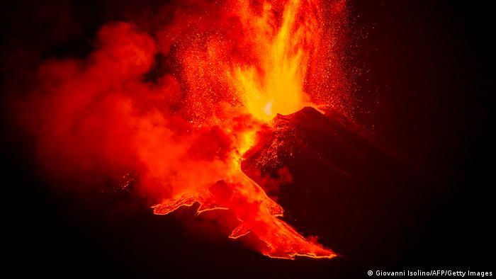 Italy Eruption Volcano Etna
