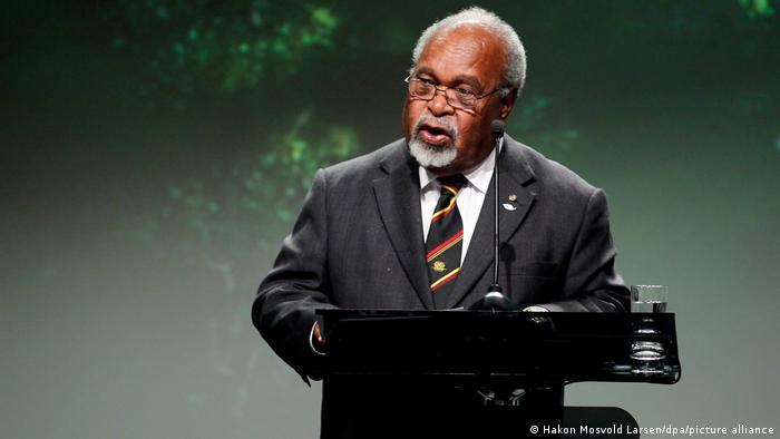 Michael Somare speaks during the Oslo Climate and Forest Conference in Oslo, Norway in 2010
