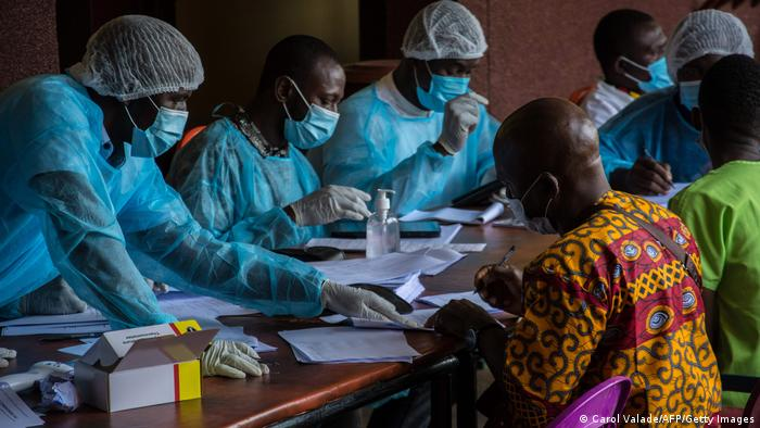 Weltspiegel 26.02.2021   Guinea   Impfkampagne gegen Ebola