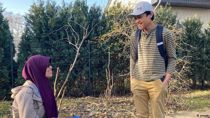 Mira Harini dan putranya.