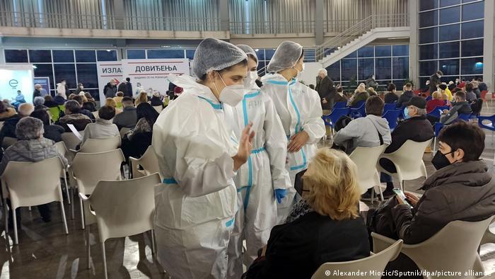 Serbien Belgrad Impfzentrum Sputnik Impfstoff