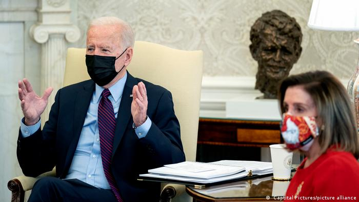 Joe Biden and Nancy Pelosi wearing face masks