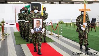 Mosambik Beira | Beerdigung von Daviz Simango