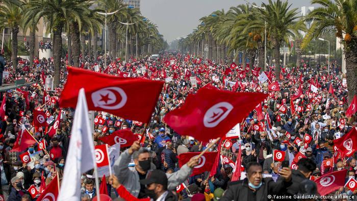 Tunesien Tunis | Demonstration der islamischen Ennahda-Partei