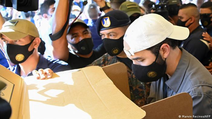 Parlaments- und Kommunalwahlen in El Salvador