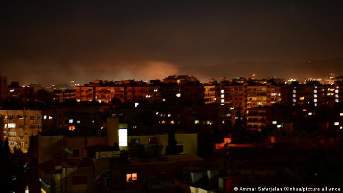 تصویری از حمله موشکی اسرائیل به دمشق در شامگاه یکشنبه ۲۸ فوریه ۲۰۲۱