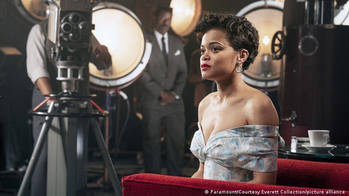 Scenă din The United States vs. Billie Holiday
