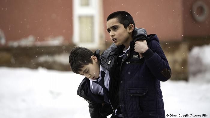 Festivaldeki tek Türk filmi Ferit Karahan'ın yönetmenliğini yaptığı Okul Tıraşı oldu