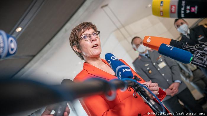 CDU-Verteidigungsministerin Annegret Kramp-Karrenbauer
