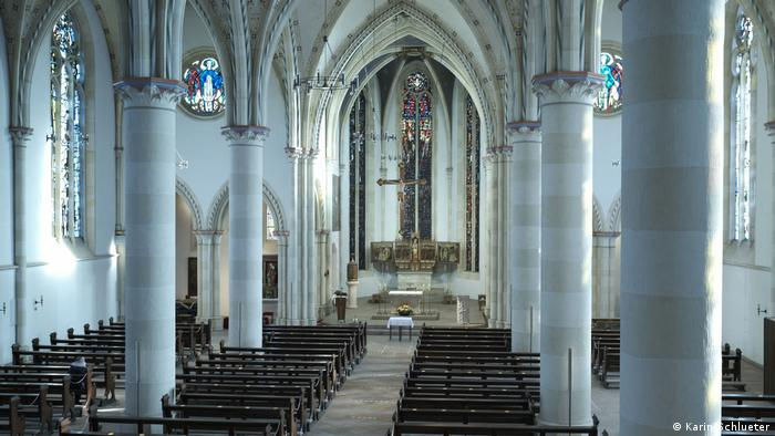 Soll es an Ostern in allen deutschen Gotteshäusern so aussehen wie hier in der Sankt-Nicolai-Kirche in Lippstadt?